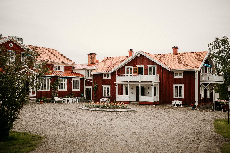 Bröllop Järvsöbaden Bröllop i Järvsö Fotograf Yohanna MårtenssonBröllop Järvsöbaden Bröllop i Järvsö Fotograf Yohanna Mårtensson
