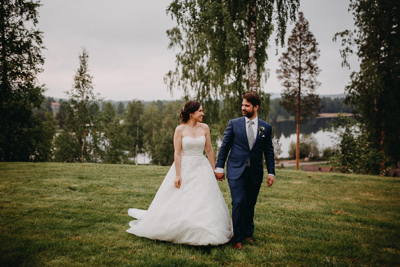 Bröllop Hälsinglands Träteater Stenegård Järvsö Bröllopsfotograf Yohanna Mårtensson